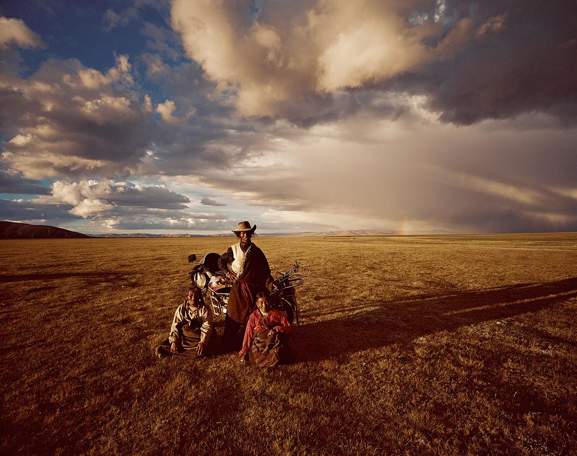 before-they-pass-away-vanishing-tribe-china-tibetans-01