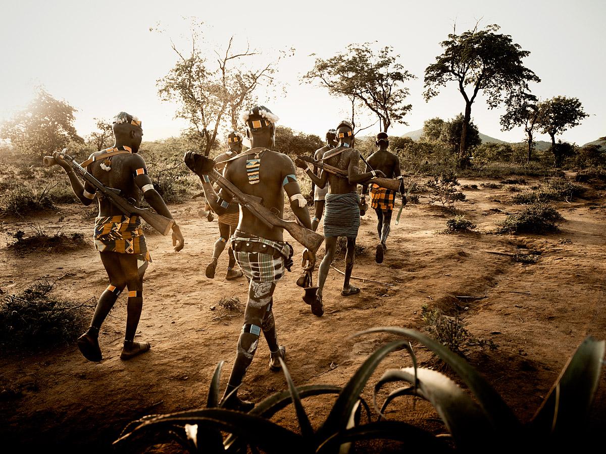 before-they-pass-away-vanishing-tribe-ethiopia-banna-02