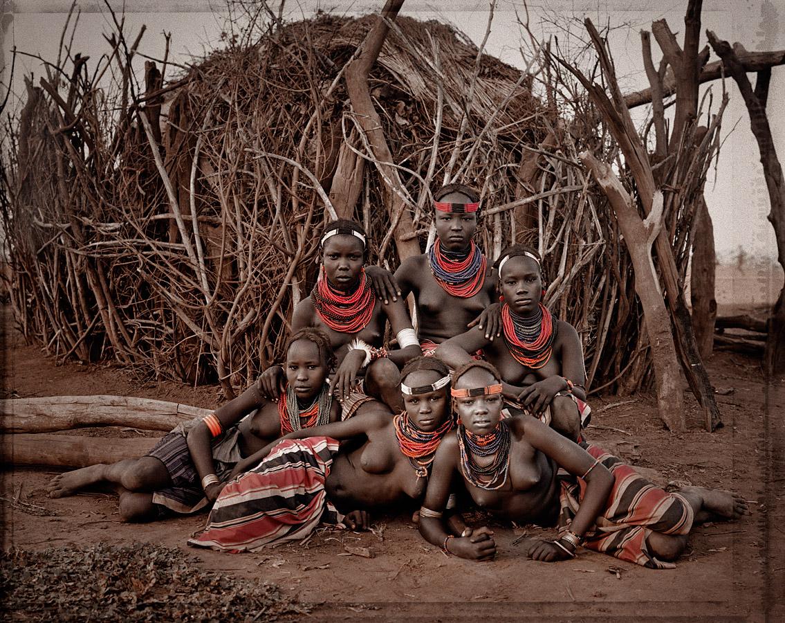 before-they-pass-away-vanishing-tribe-ethiopia-dassanech-01