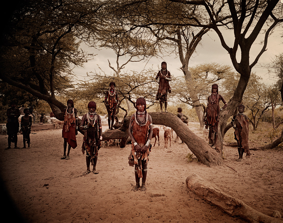 before-they-pass-away-vanishing-tribe-ethiopia-hamar-01