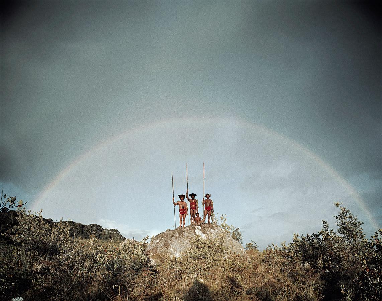 before-they-pass-away-vanishing-tribe-indonesia-yali-01
