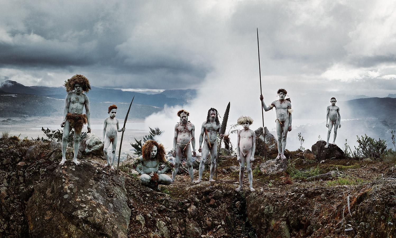 before-they-pass-away-vanishing-tribe-indonesia-yali-02
