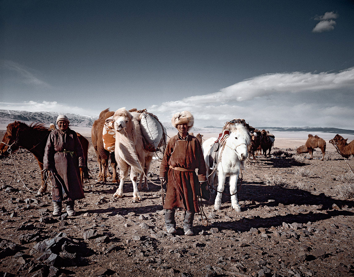 before-they-pass-away-vanishing-tribe-mongolia-tsaatan-03