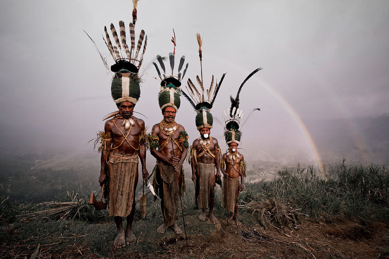 before-they-pass-away-vanishing-tribe-papua-new-guinea-kalam-01