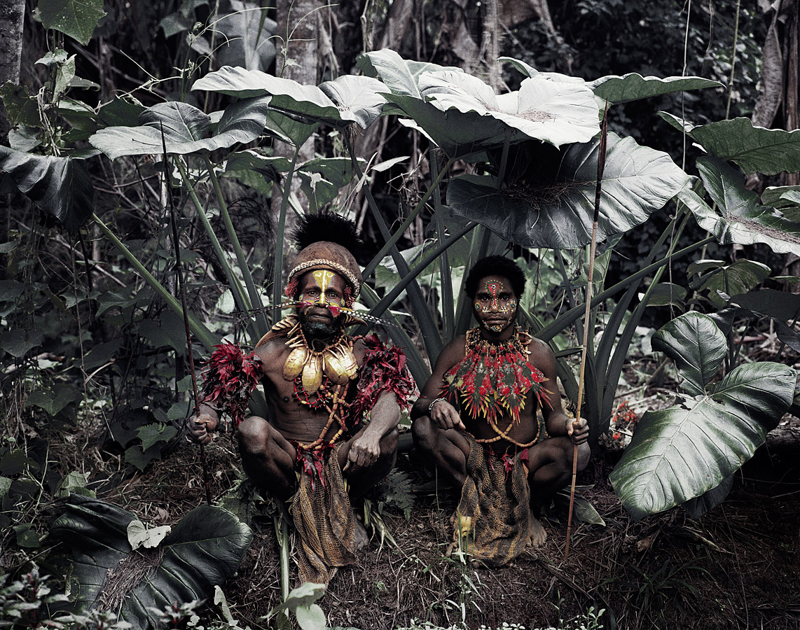 before-they-pass-away-vanishing-tribe-papua-new-guinea-kalam-02