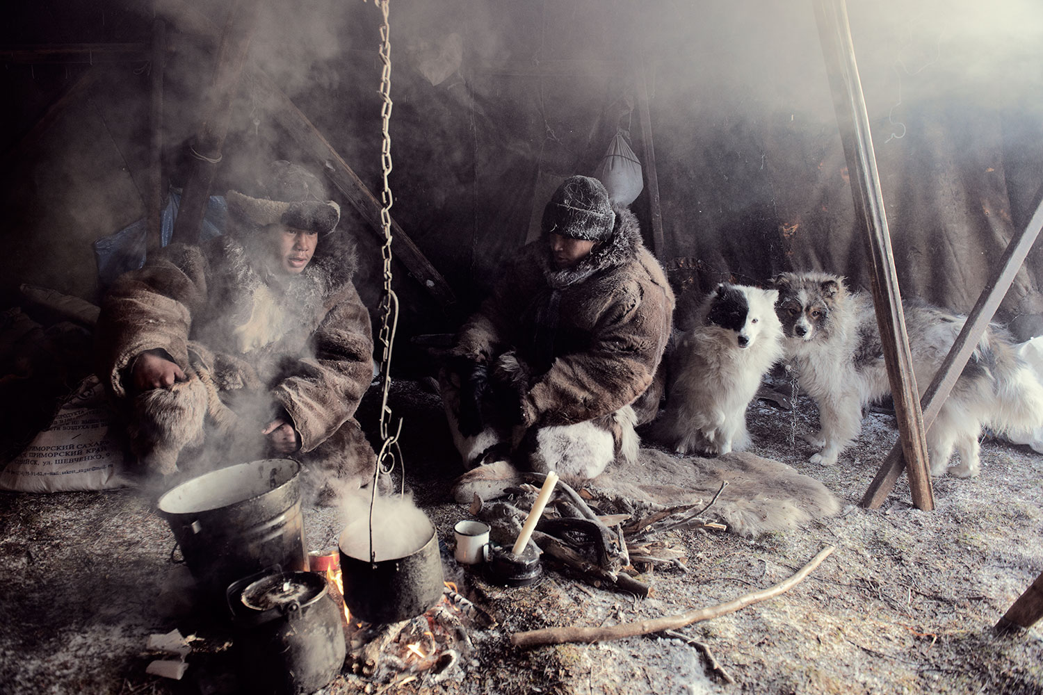before-they-pass-away-vanishing-tribe-siberia-chukchi-02