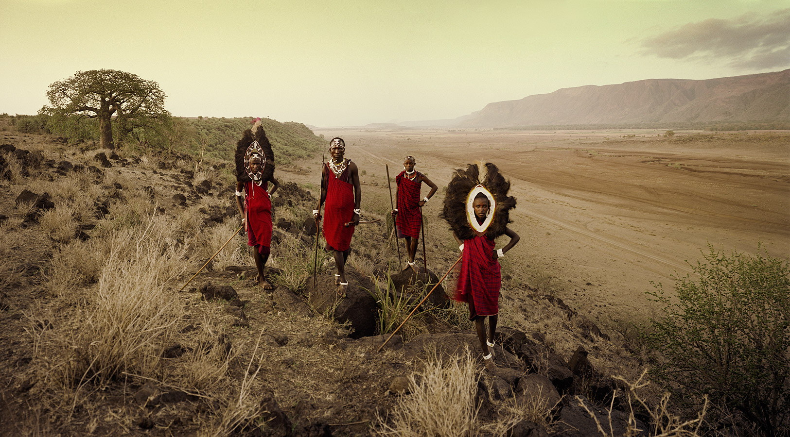 before-they-pass-away-vanishing-tribe-tanzania-maasai-02