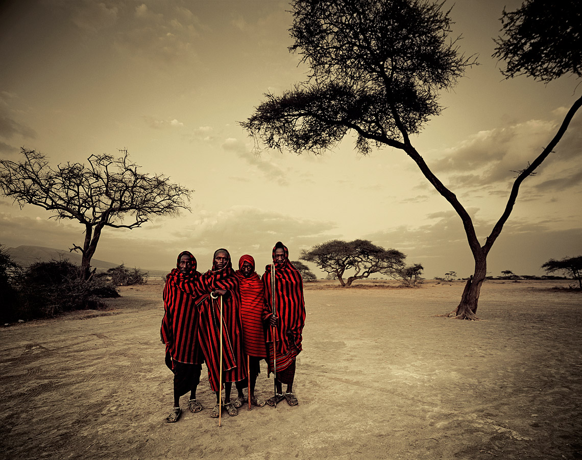 before-they-pass-away-vanishing-tribe-tanzania-maasai-04