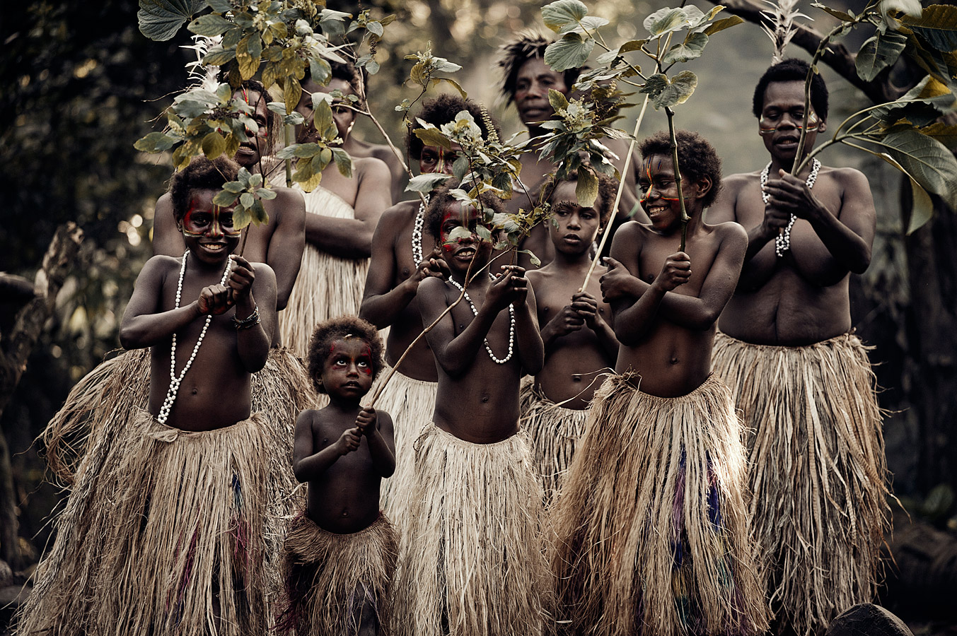 before-they-pass-away-vanishing-tribe-vanuatu-island-vanuatu-04