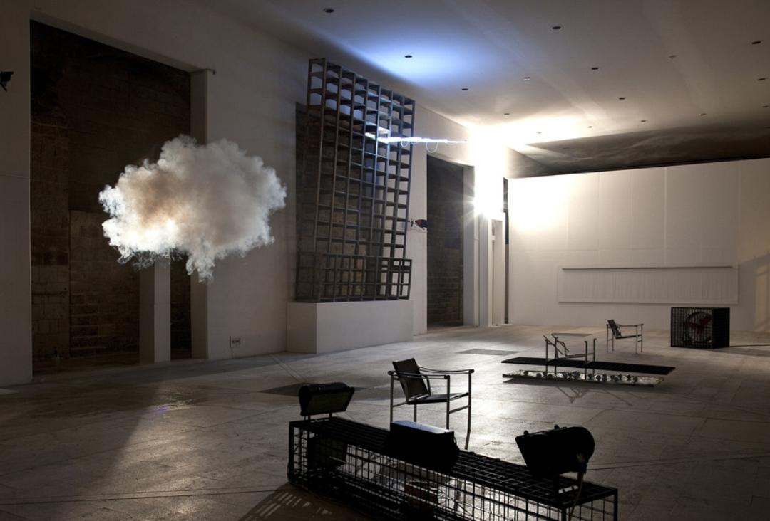 berndnaut-smilde-indoor-clouds-07