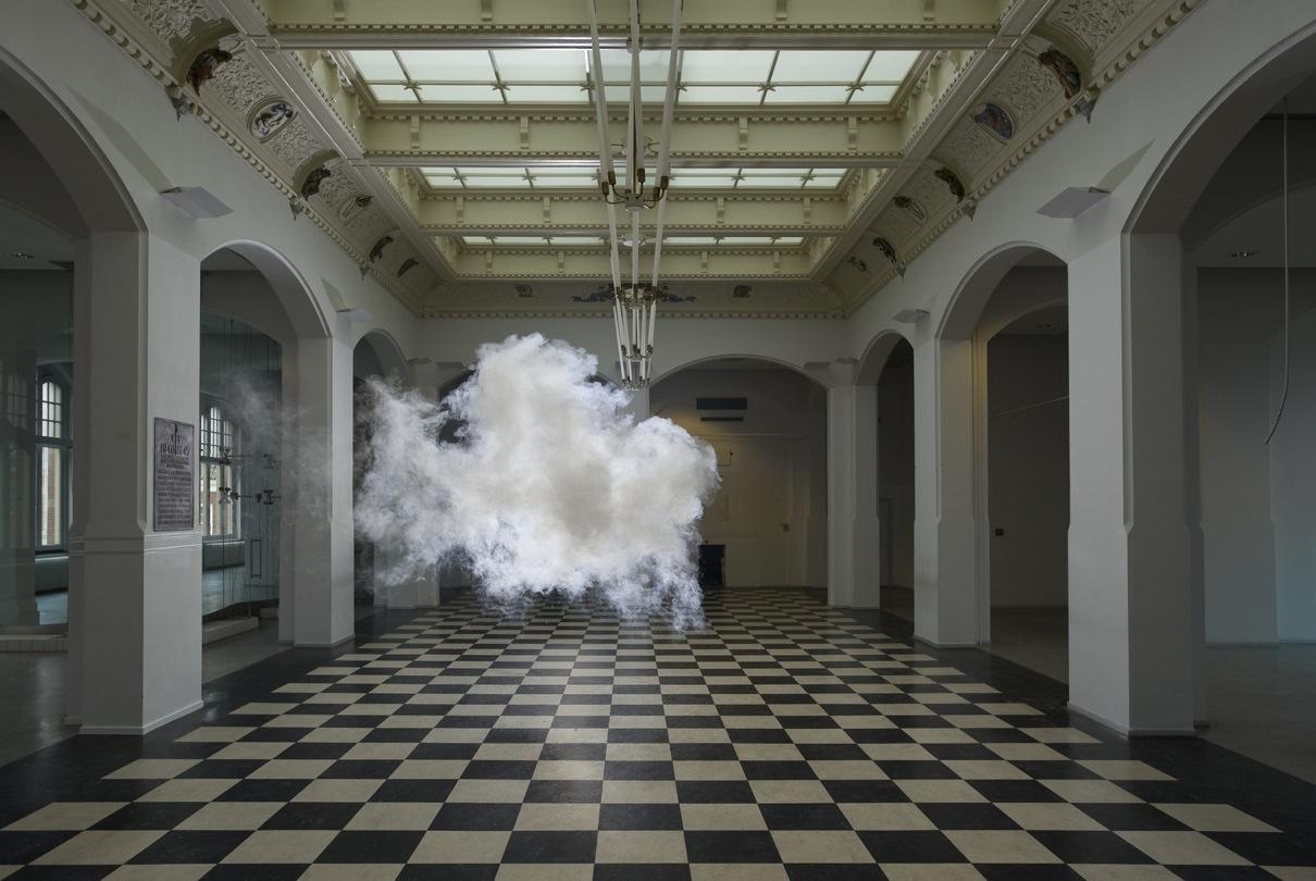 berndnaut-smilde-indoor-clouds-10