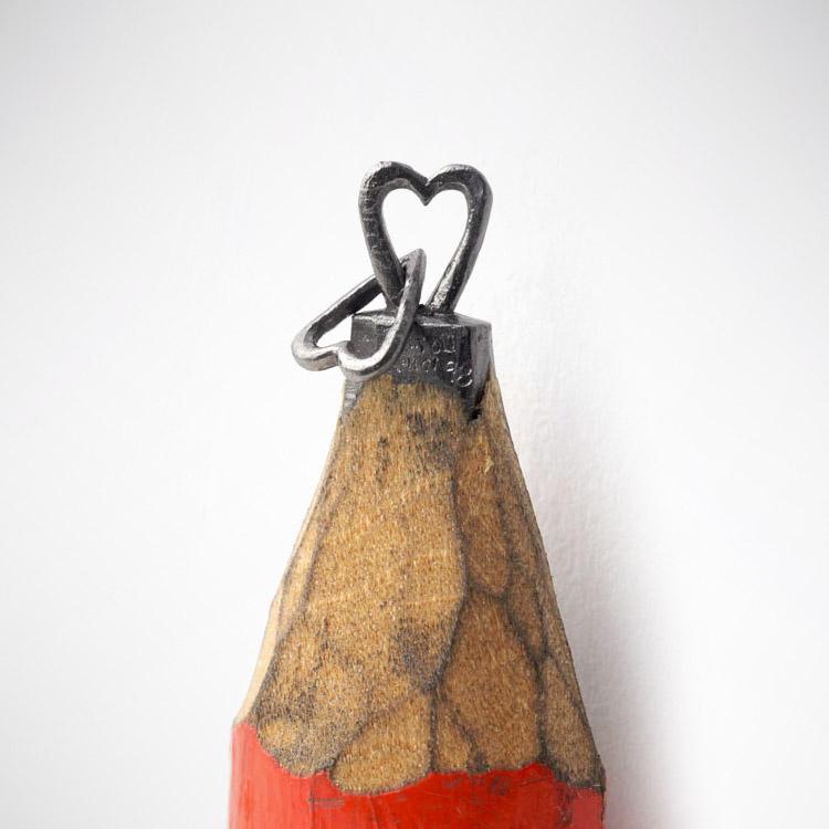 dalton-ghetti-pencil-art-heart-chain