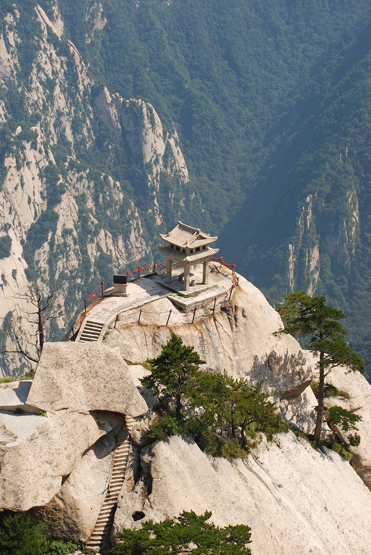 dangerous-hiking-trails-mt-huashan-china-11