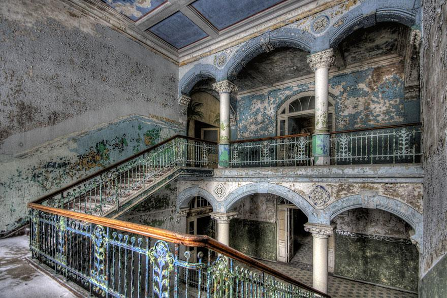 forgotten-places-kai-fagerstrom-military-hospital-in-beelitz-germany