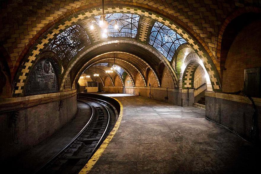 forgotten-places-kai-fagerstrom-the-city-hall-subway-stop-in-new-york-usa