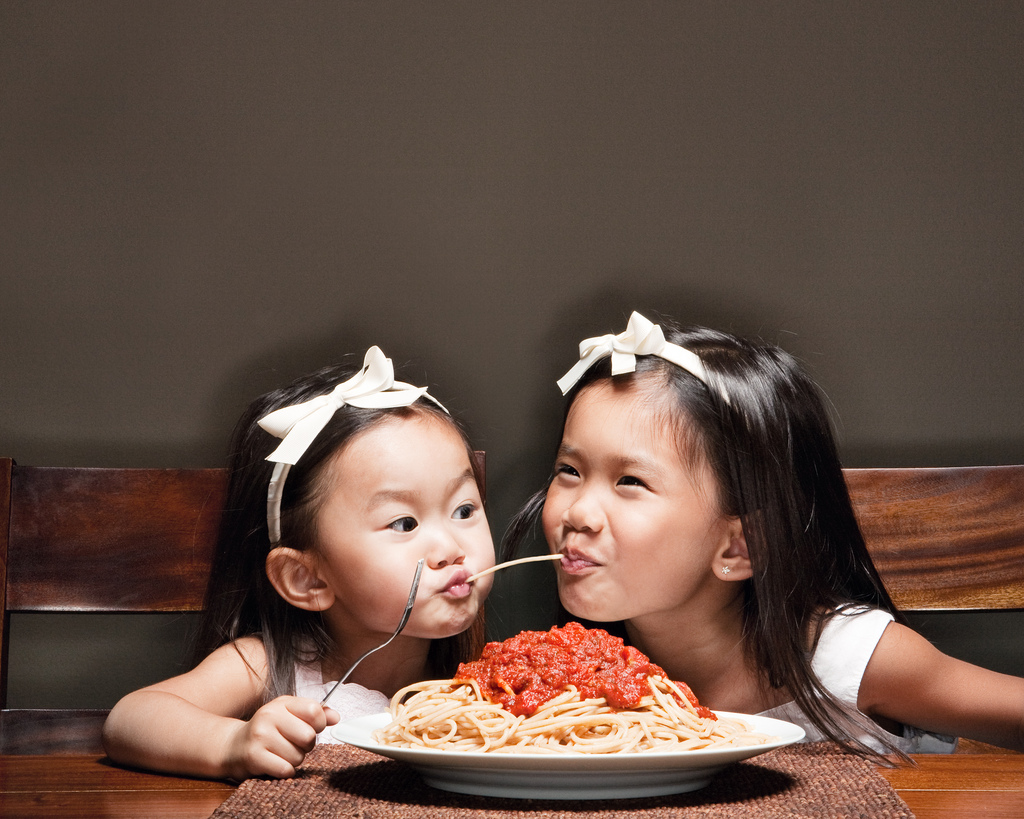 jason-lee-daughters-pasta