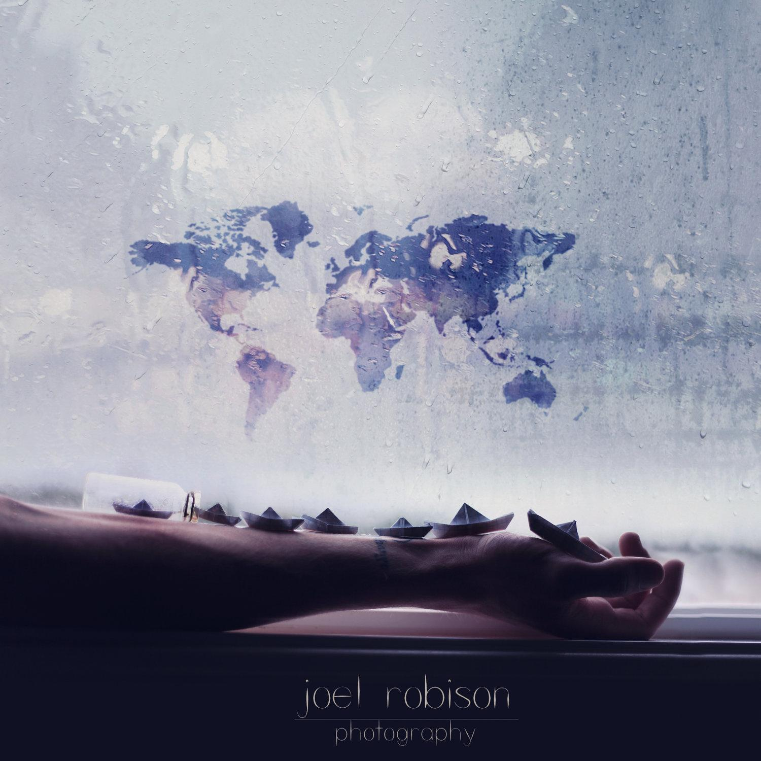 joel-robinson-usa-window