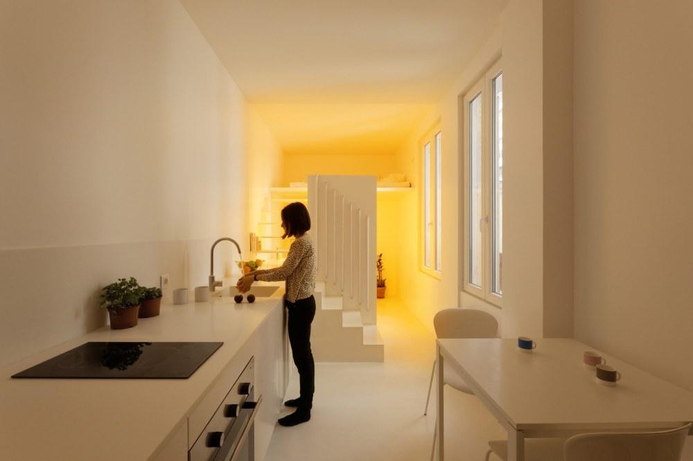 betillon-dorval-bory-studio-apartment-makeover-03
