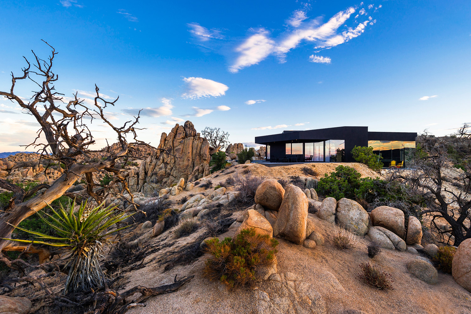 black-desert-house-mojave-01
