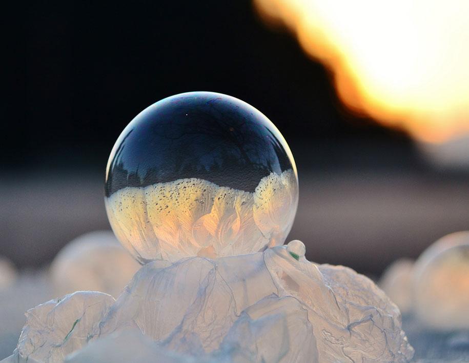 frozen-bubbles-angela-kelly-02