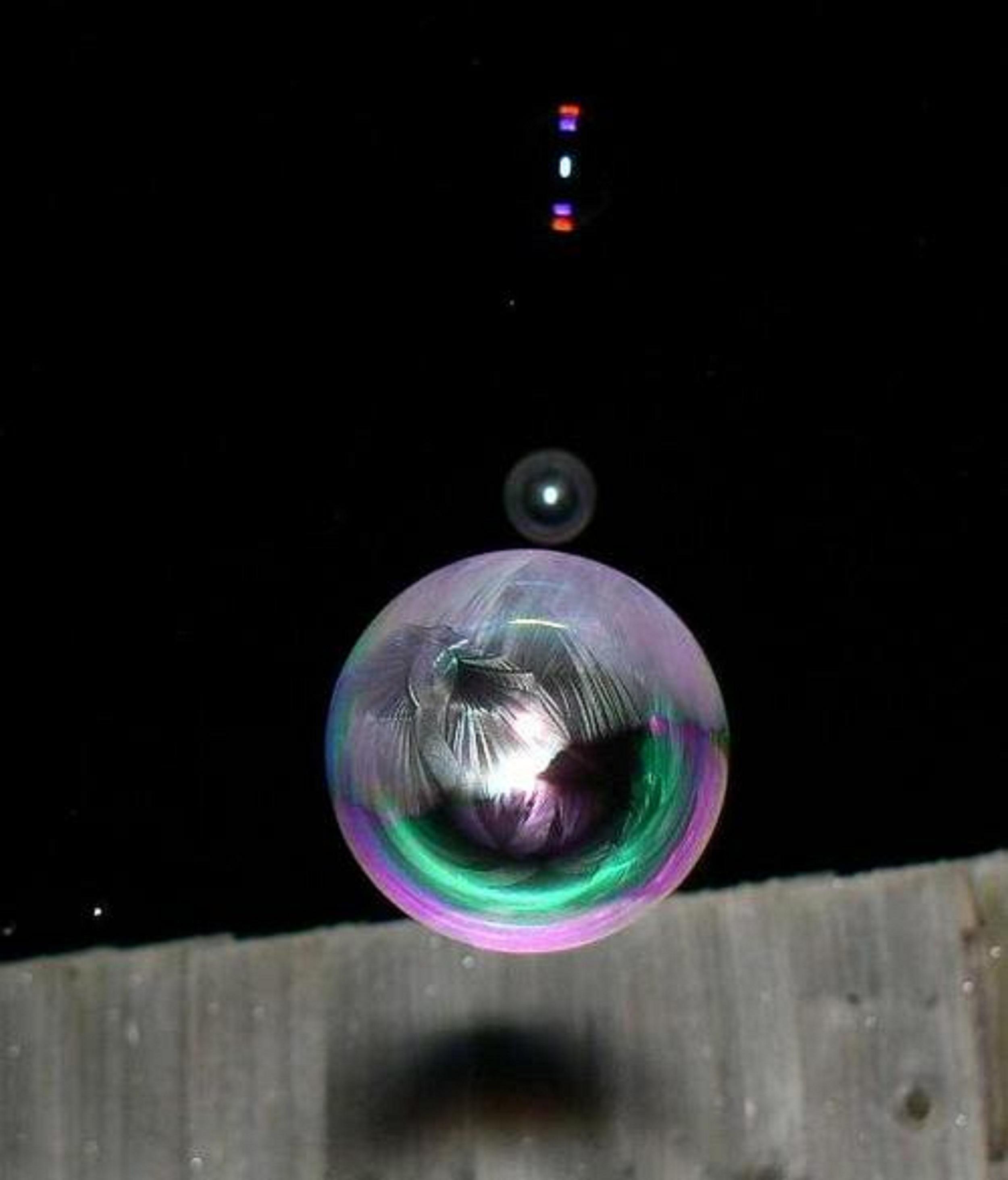 frozen-bubbles-angela-kelly-13