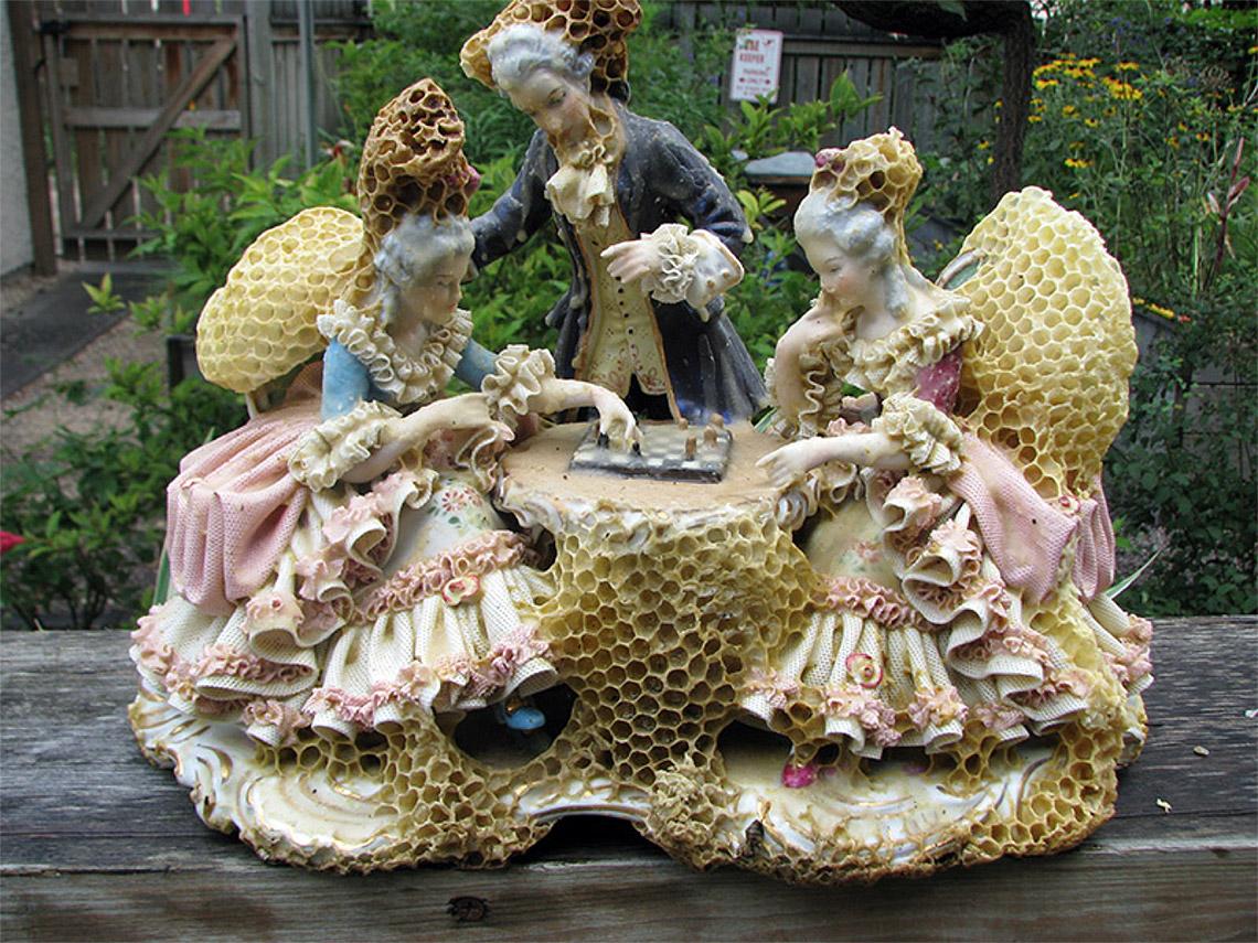 honeycomb-sculptures-aganetha-dyck-03