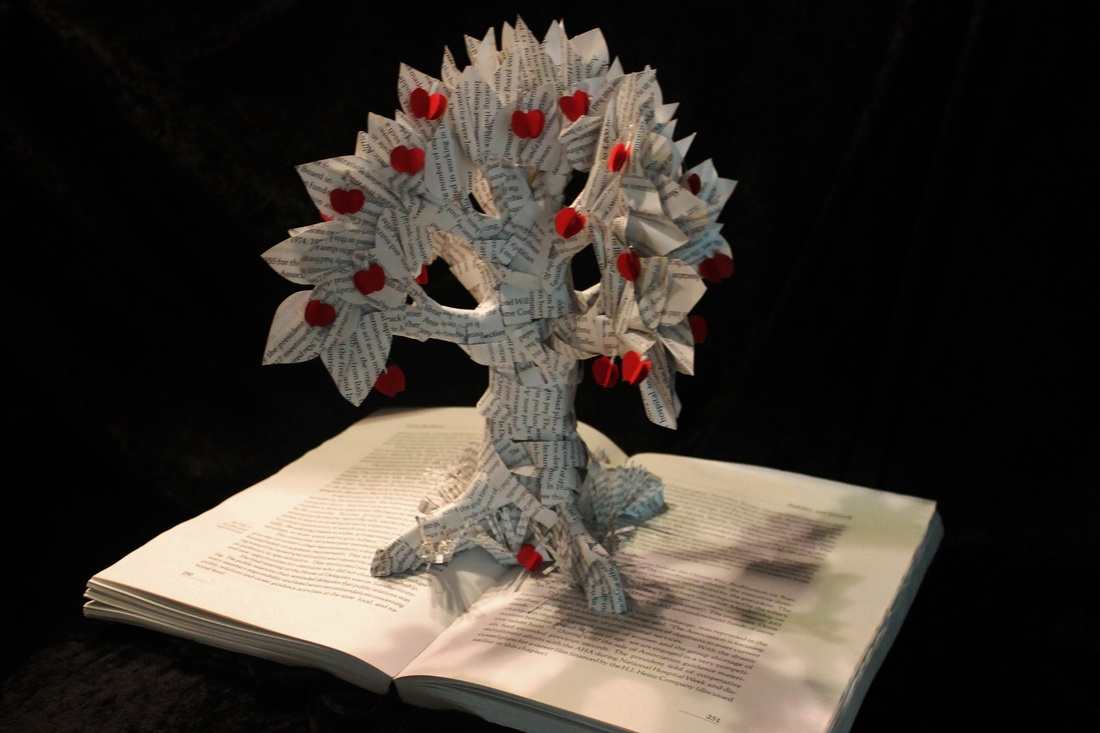 jodi-harvey-brown-book-sculptures-apple-tree