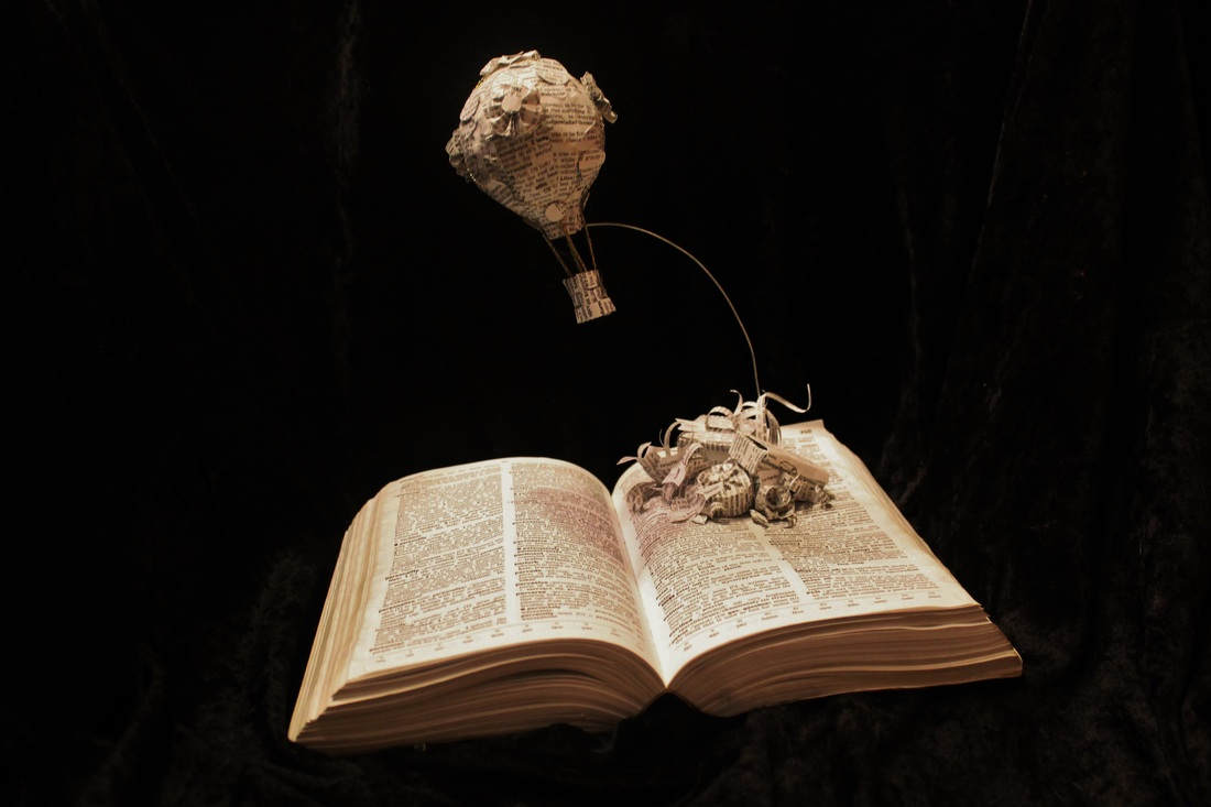 jodi-harvey-brown-book-sculptures-hot-air-balloon
