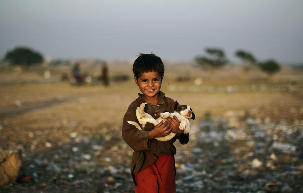 muhammed-muheisen-afghan-children-refugee-13