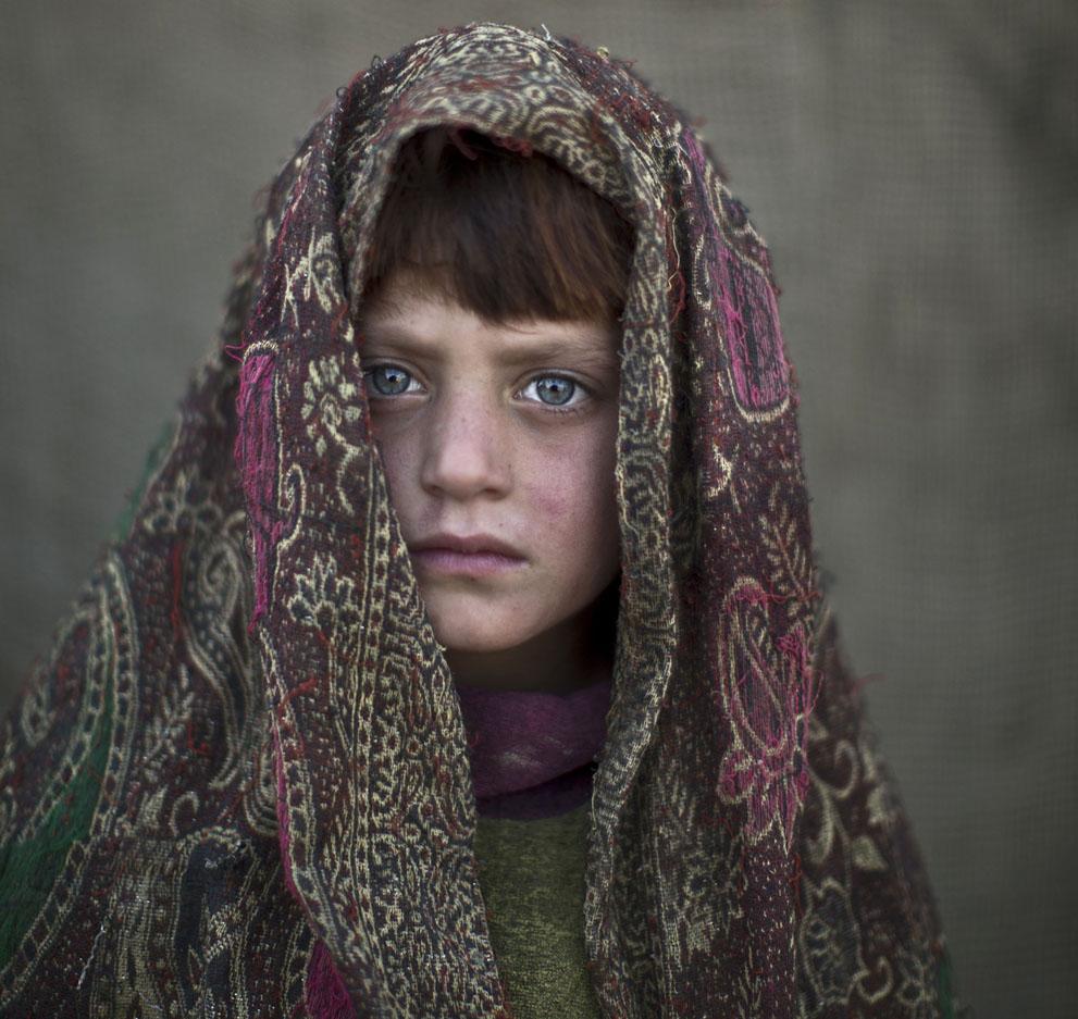 muhammed-muheisen-afghan-children-refugee-16