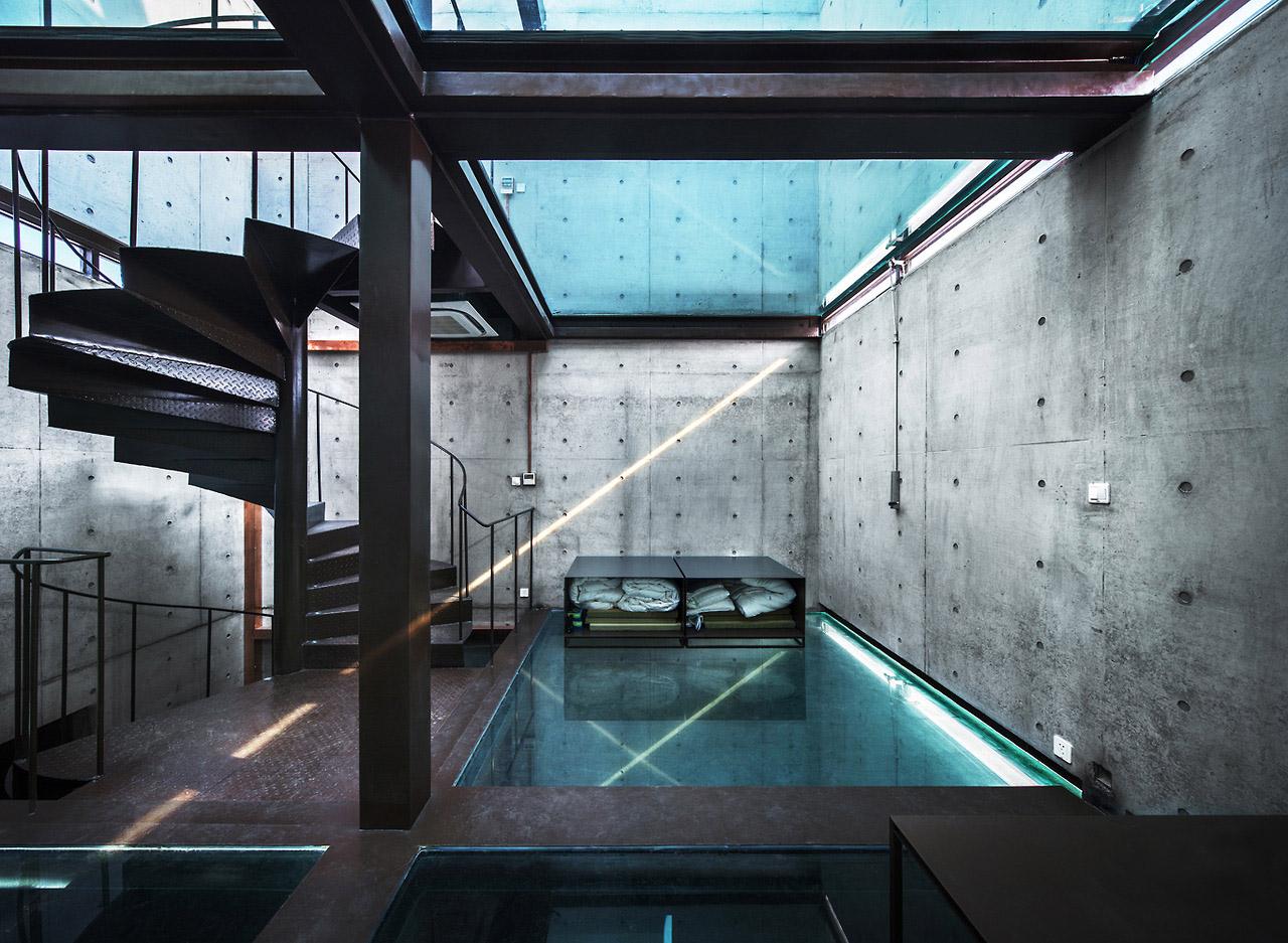 shanghai-vertical-glass-house-02