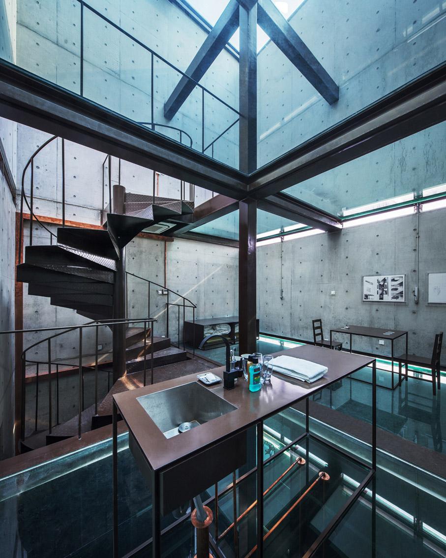 shanghai-vertical-glass-house-03