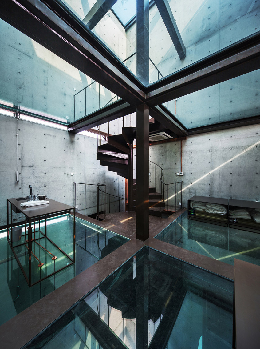 shanghai-vertical-glass-house-05