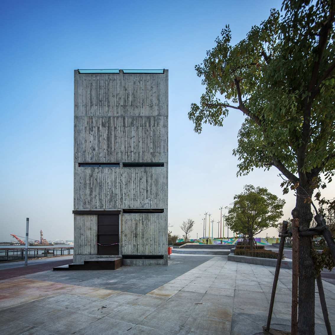 shanghai-vertical-glass-house-06