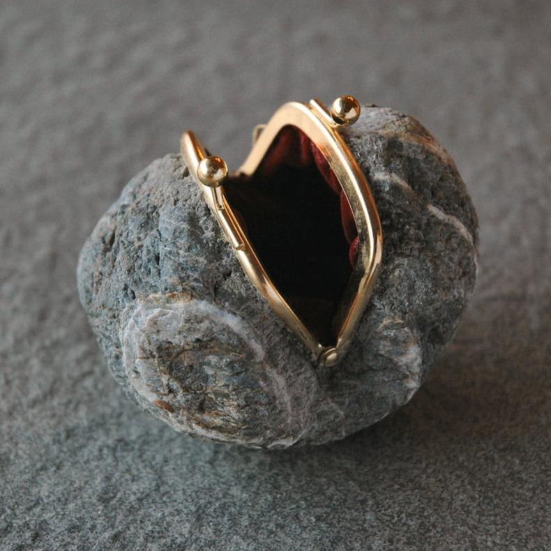 stones-hiroshi-ito-03