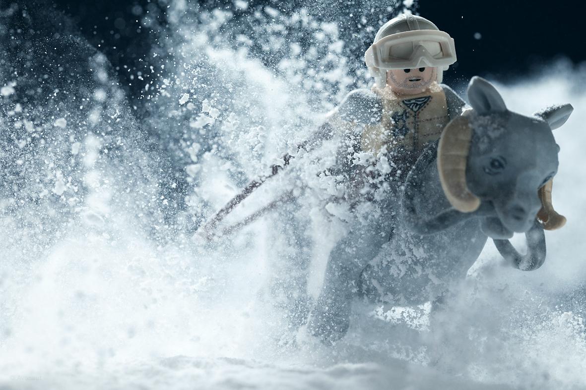 vesa-lehtimaki-star-wars-breaking-in-the-tauntaun