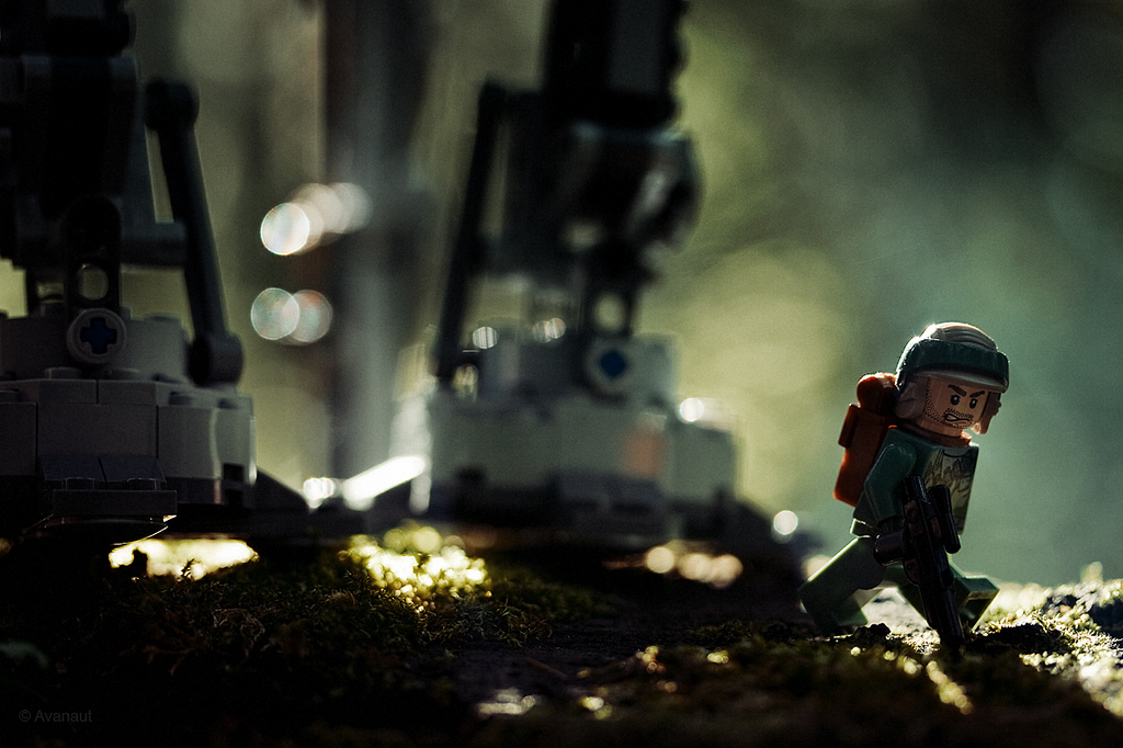 vesa-lehtimaki-star-wars-walker-in-the-woods