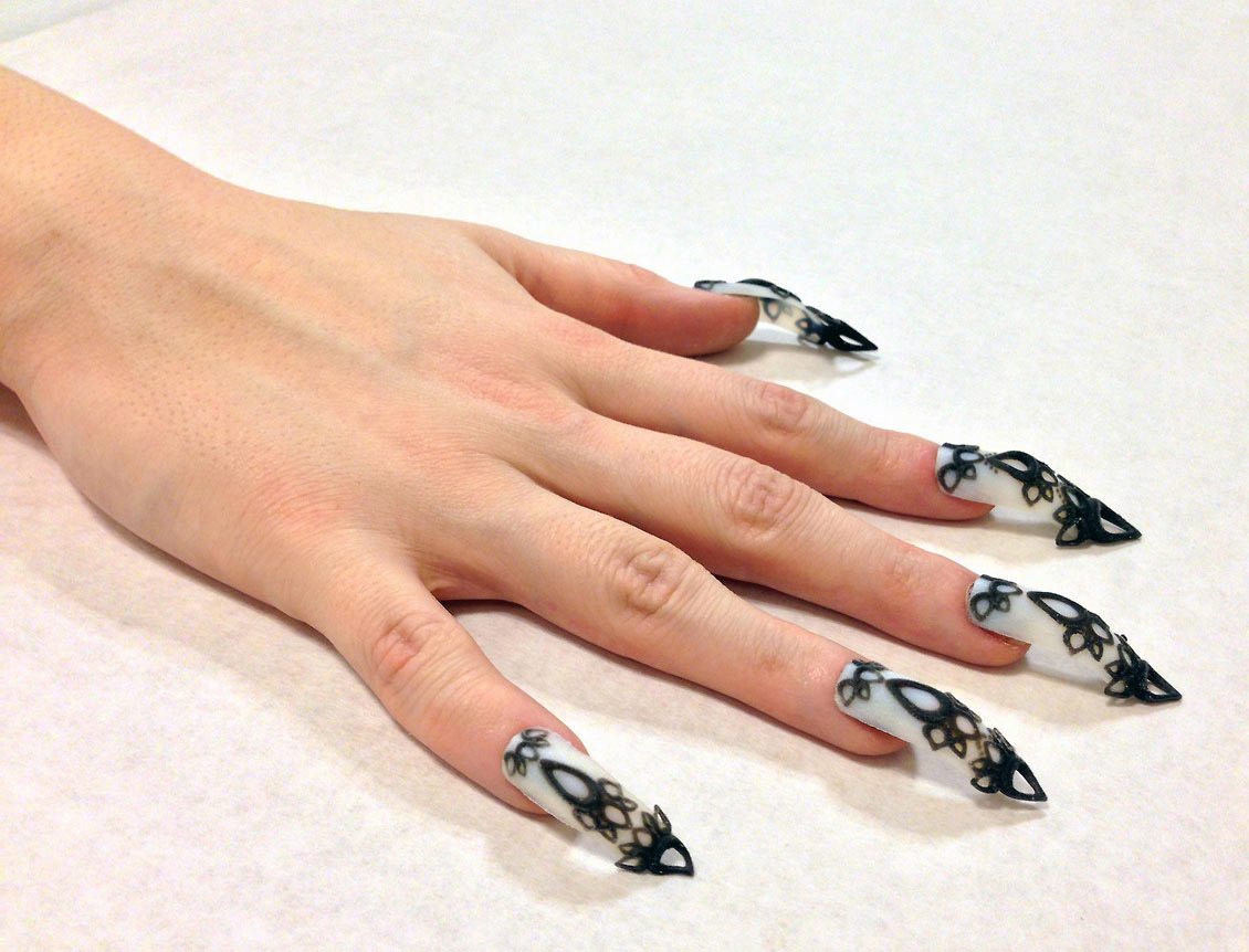 3d-manicure-sarah-awad-dhemerae-ford-04