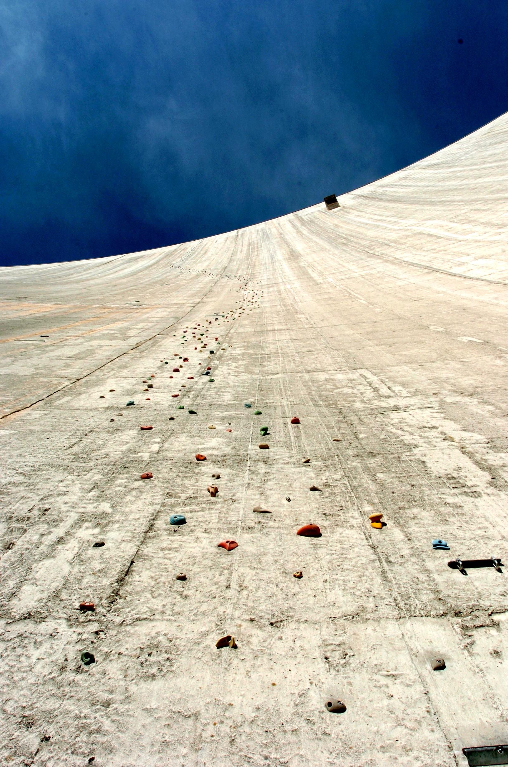 Diga di Luzzone: The World's Tallest Climbing Wall | Lost ...