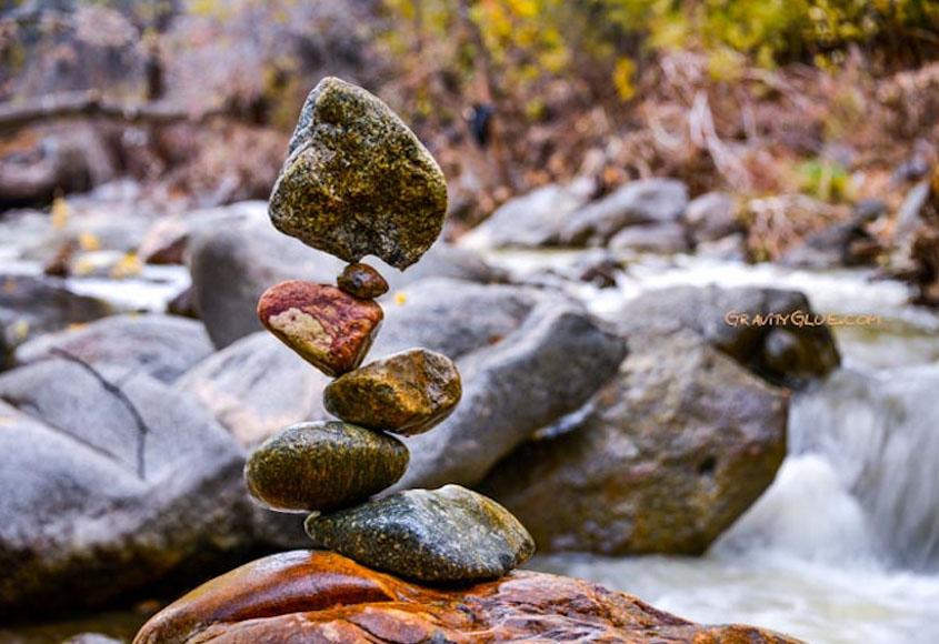 rock-balancing-michael-grab-14