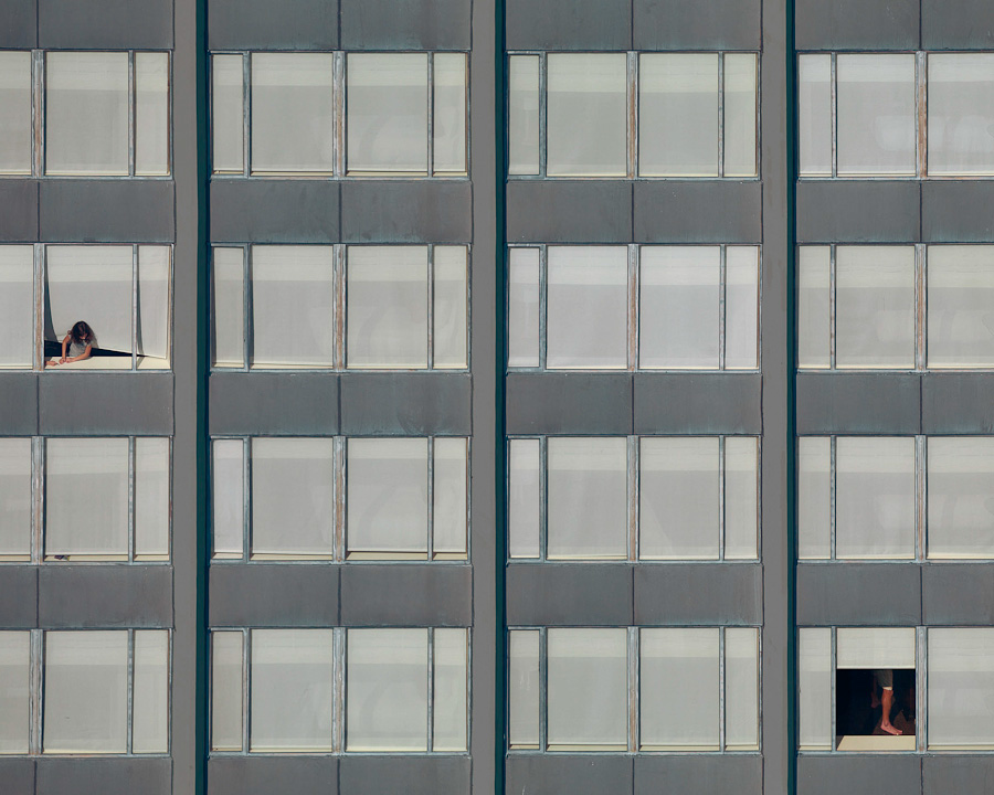 transparent-city-michael-wolf-05