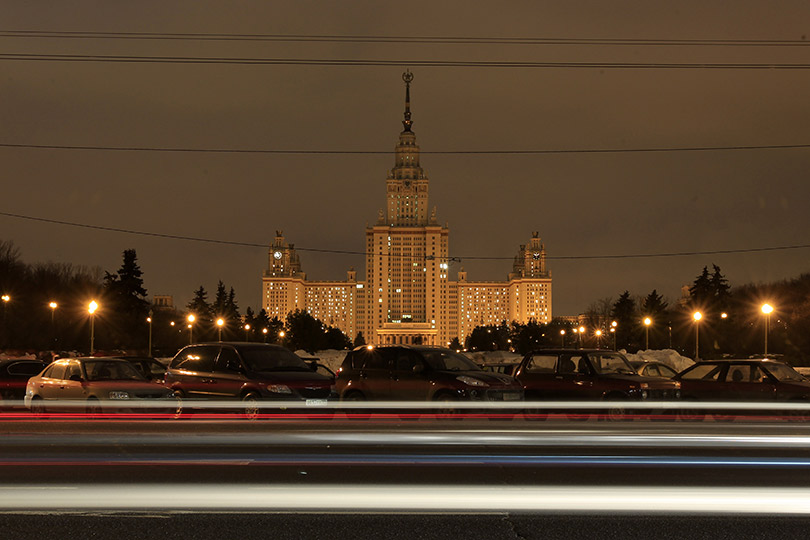 earth-hour-2014-moscow-state-university