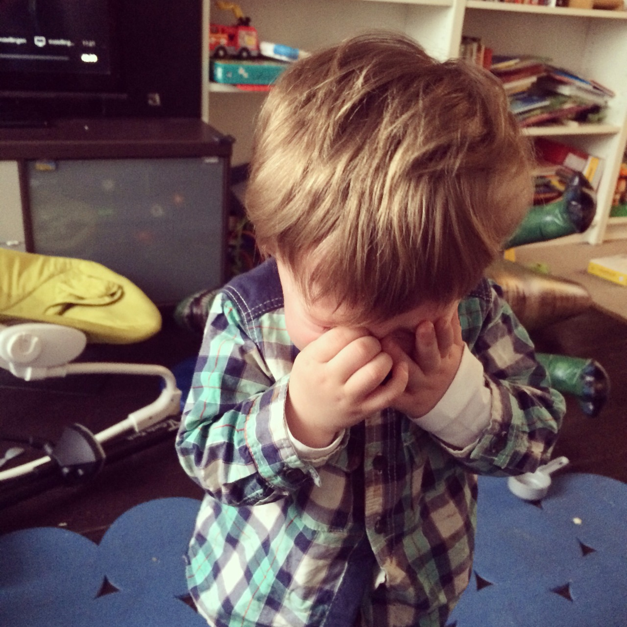 reasons-my-kid-is-crying-01