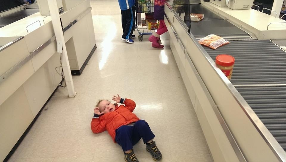 Grocery shopping with kids crying reasons my kid is crying 05 30