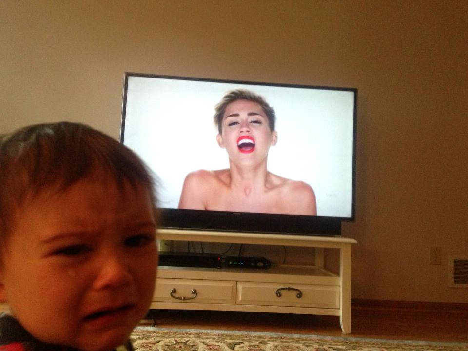 reasons-my-kid-is-crying-14