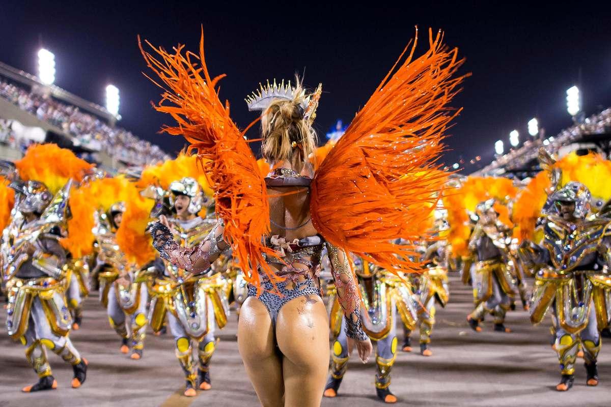 ... Hottest Photos of Brazilian Samba Dancers – NSFW | Lost in Internet