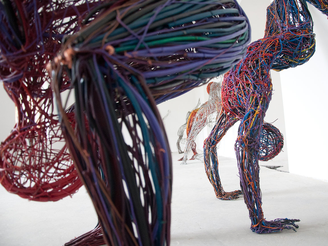 electric-cable-sculptures-judit raboczky-04