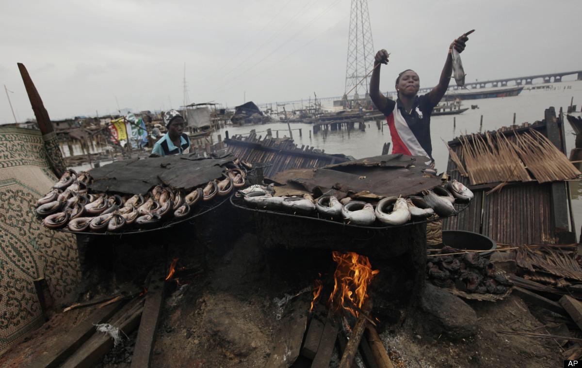 makoko-floating-slum-02