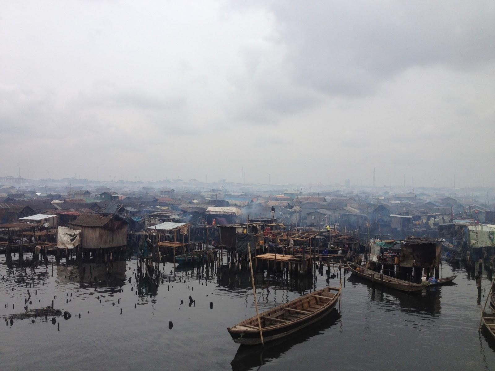 makoko-floating-slum-10