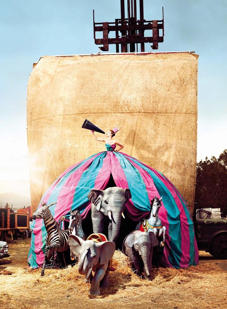 KRISTIAN_SCHULLER_magic_circus-05